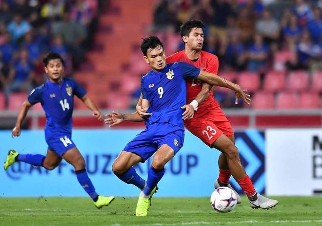 Bat bai o vong bang AFF Cup, Thai Lan van bi co dong vien chi trich hinh anh