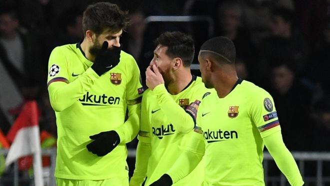 Messi thua nhan duong kien tao cho Pique la pha da phat loi hinh anh