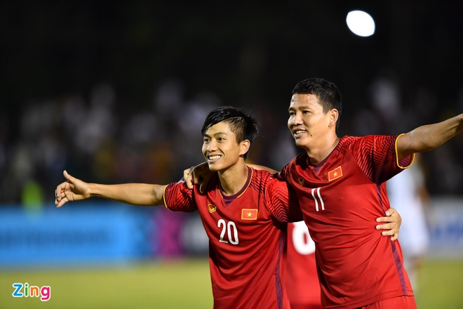 Philippines vs Viet Nam (1-2): Anh Duc va Van Duc toa sang hinh anh 1