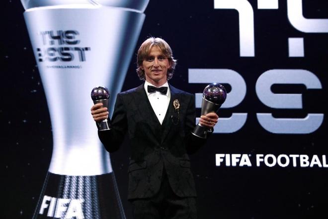 Modric tu hao vi vuot qua Messi va Ronaldo, muon giai nghe o Real hinh anh 2