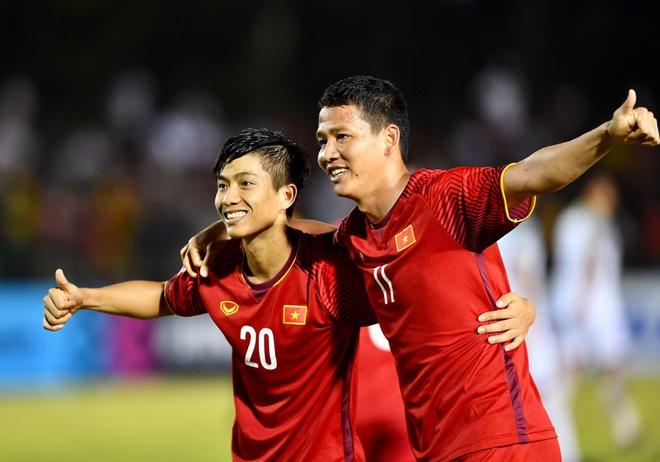 Tuyen Viet Nam tung bi loai o ban ket AFF Cup du thang tran luot di hinh anh