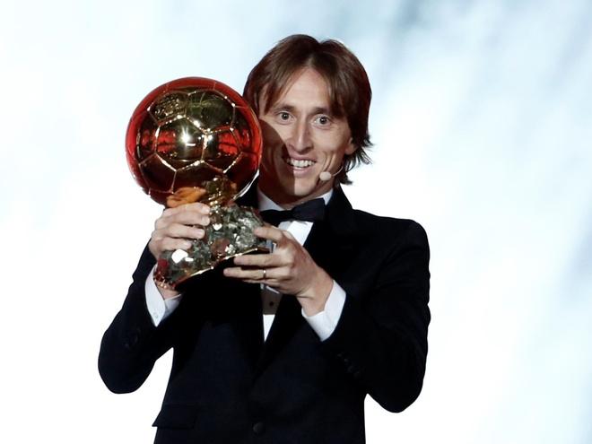 Modric tu hao vi vuot qua Messi va Ronaldo, muon giai nghe o Real hinh anh 1