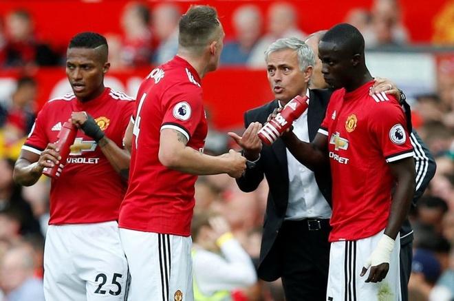 MU vs Arsenal: Khong co phep mau cho Mourinho? hinh anh