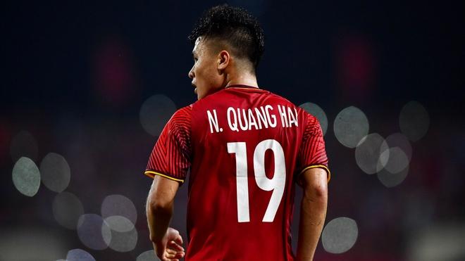 Quang Hai tro thanh ung vien Cau thu hay nhat chau A 2018 hinh anh