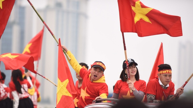 San My Dinh cho don tuyen Viet Nam da chung ket luot ve AFF Cup hinh anh