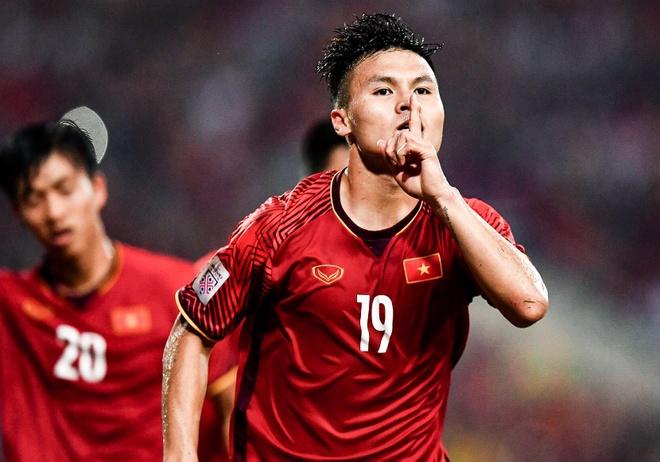 'Asian Cup la thuoc do xem doi tuyen Viet Nam da di duoc bao xa' hinh anh