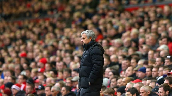 'Man Utd nen bo nhiem Pochettino vao ghe HLV truong' hinh anh 1