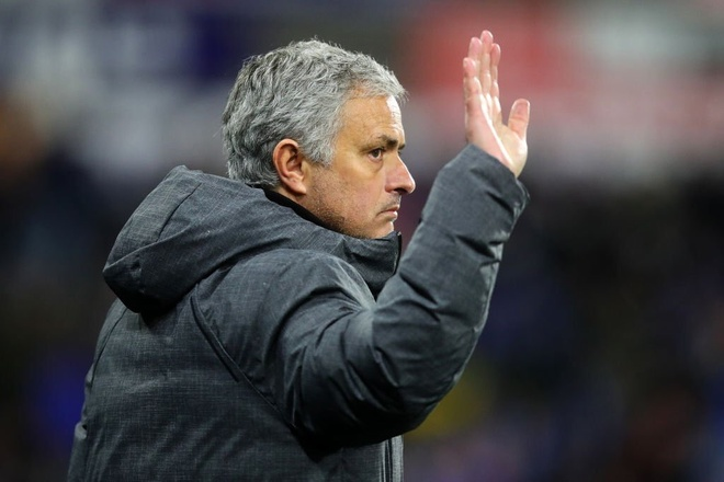 Mourinho bi sa thai,  Man Utd,  Champions League anh 1