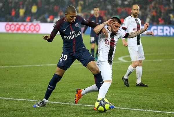 PSG bi loai khoi cup Lien doan Phap boi doi bet bang Ligue 1 hinh anh 1