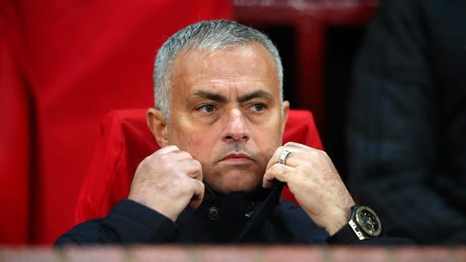HLV Mourinho lan dau len tieng ve tuong lai sau khi roi MU hinh anh
