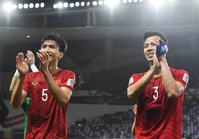 Tuyen Viet Nam lan dau no nu cuoi chien thang tai Asian Cup 2019 hinh anh
