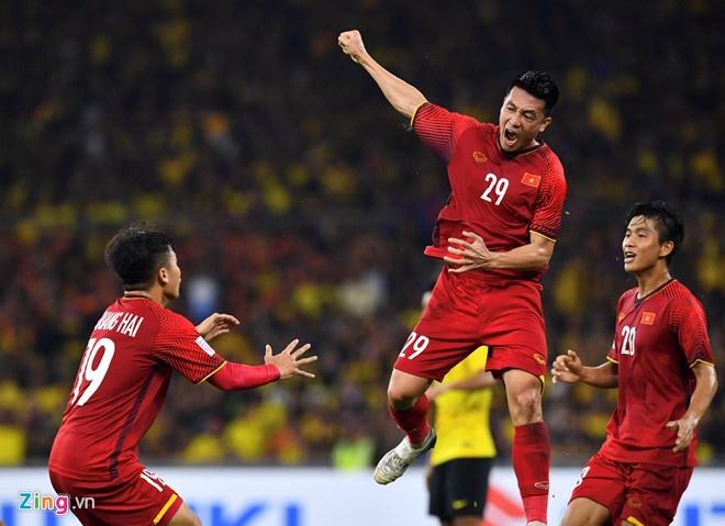 Doi tuyen Viet Nam,  Asian Cup 2019,  Viet Nam vs Jordan,  Huy Hung anh 1