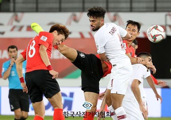 Anh chup HLV Park Hang-seo doat giai nhat bao chi Han Quoc hinh anh 2