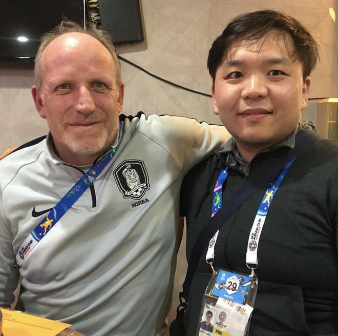 Ngoai Cong Phuong, suyt co them cau thu Viet Nam sang K.League hinh anh 2