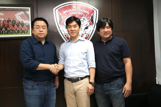 Yoon Jong-hwan,  HLV Muangthong United,  Thai League,  Dang Van Lam anh 1