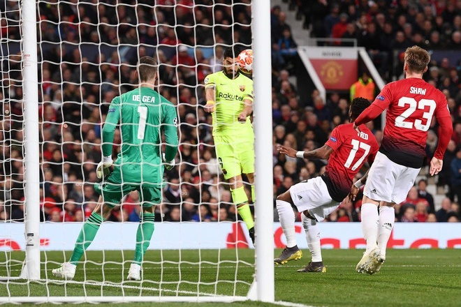 David de Gea,  Lionel Messi,  Champions League,  Man United,  Barcelona anh 1