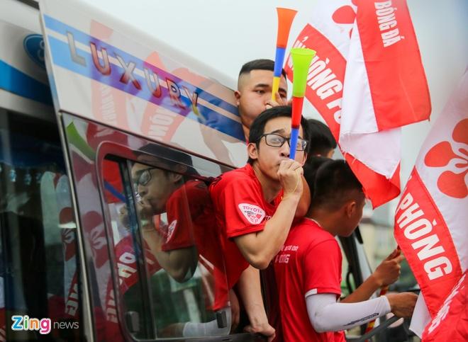 CDV Hai Phong xinh dep tiep lua doi nha truoc tran doi dau CLB Ha Noi hinh anh 6