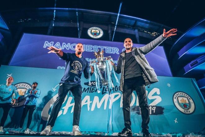 Man City lap thanh tich chua tung co neu vo dich FA Cup hinh anh 5