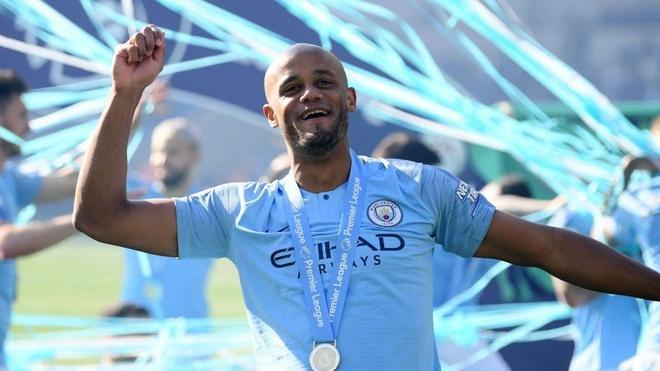 Man City lap thanh tich chua tung co neu vo dich FA Cup hinh anh 8
