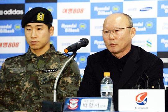 'Chien thuat cua ong Park tai Viet Nam rat khac o K.League' hinh anh 1