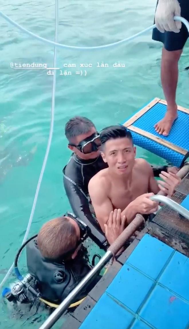 trung ve Bui Tien Dung,  CLB Viettel,  doi tuyen Viet Nam anh 1