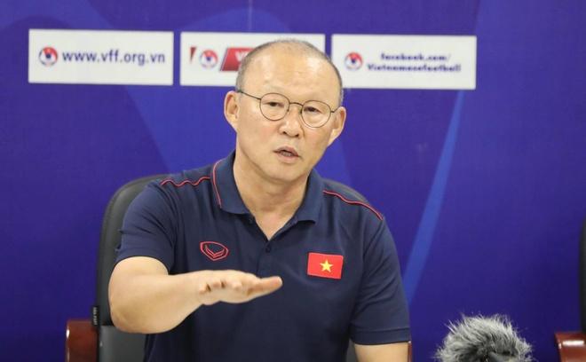 HLV Park: 'Doi tuyen khong he bo roi Ngoc Hai, Trong Dai' hinh anh