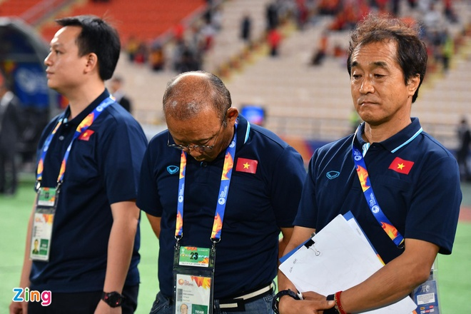 Bao Han Quoc: 'Ma thuat cua HLV Park Hang-seo se chua dung lai' hinh anh 1 park11_zing.jpg
