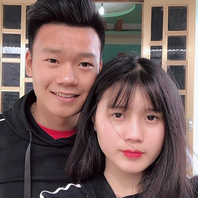 Ban gai Thanh Chung: 'Rat thuong anh khi khong the tham du ASIAD 2018' hinh anh 8