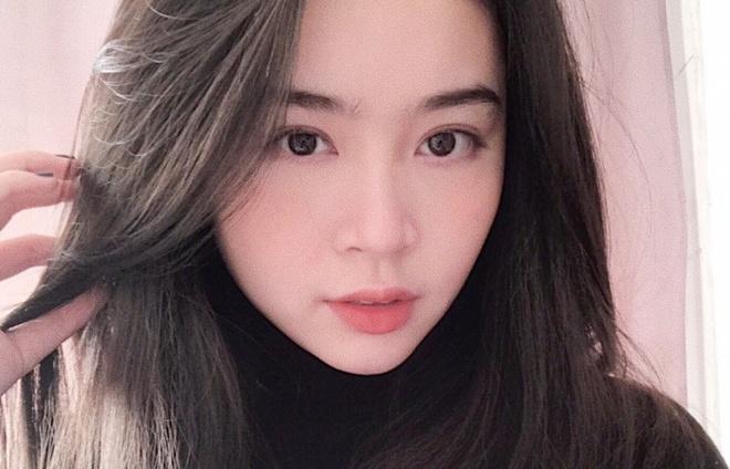 Hot girl 10X moi noi: Cao 1,70 m, du hoc Anh va muon lam BTV Thoi su hinh anh