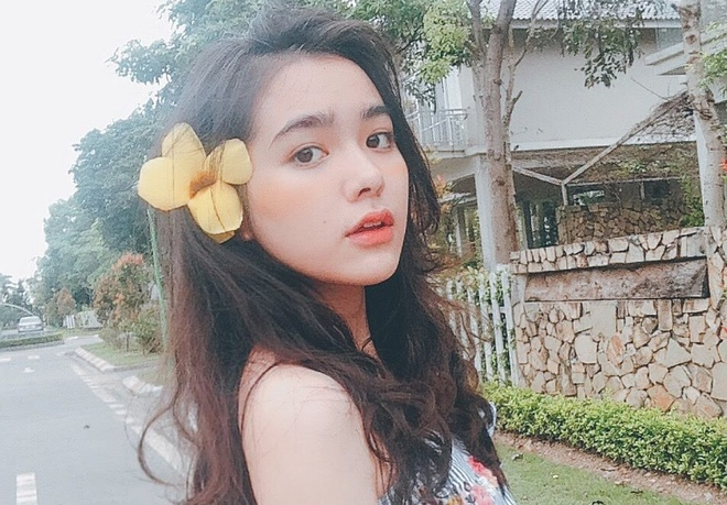 Nhan sac cua nu sinh Tran Phu mang 3 dong mau Thai - Viet - Trung hinh anh