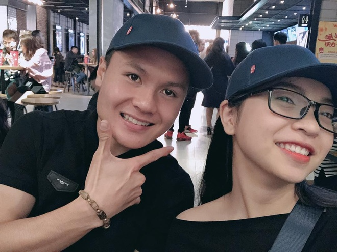 Ban gai Quang Hai: Neu khong noi duoc loi tu te thi nen im lang hinh anh