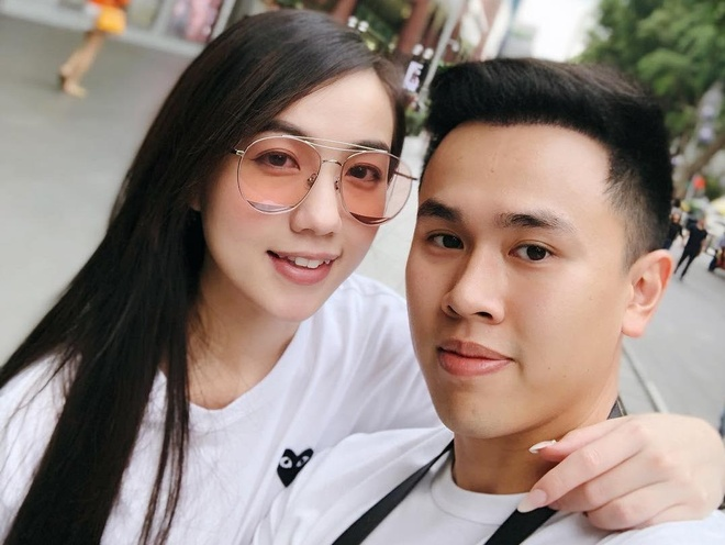Chuyen tinh dep cua Mie Nguyen: Tu yeu kin tieng den cau hon lang man hinh anh