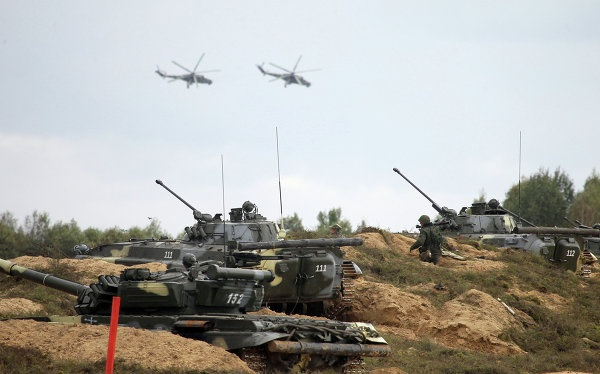 NATO lo ngai truoc cuoc tap tran lon cua Nga hinh anh 1