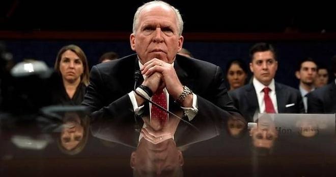 Cuu giam doc CIA chi trich TT Trump la 'dang ho then' hinh anh 1
