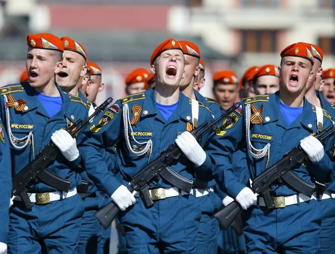 NATO lo lang khi 100.000 binh si Nga tap tran sat bien gioi hinh anh