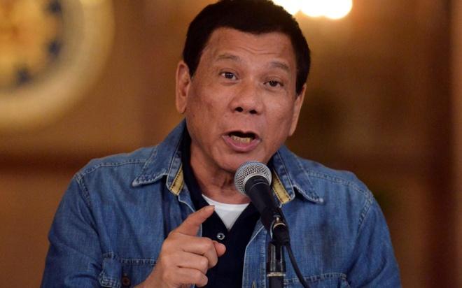 TT Duterte doa cat dut ngoai giao, truc xuat toan bo dai su EU hinh anh