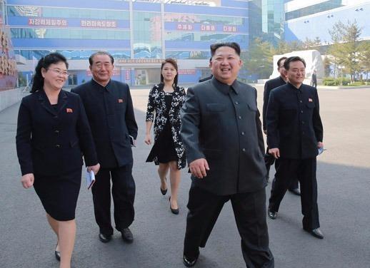 Ong Kim Jong Un tham nha may my pham chat luong the gioi hinh anh