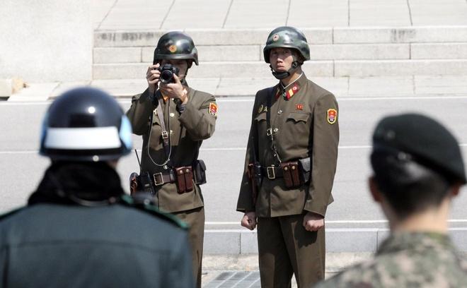 Trung 6 phat dan, binh si dao tau cua Trieu Tien dang nguy kich hinh anh 1