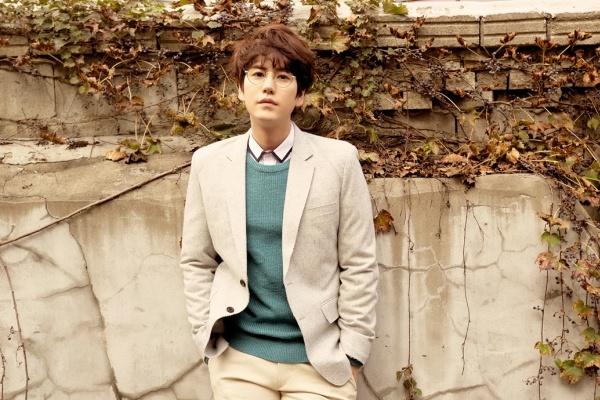 Kyuhyun so Super Junior ghen ti vi album solo hinh anh