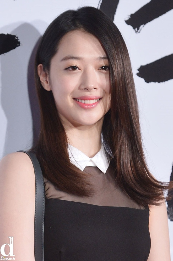 Nhung than tuong Han khon don vi tin don hinh anh 3 Tháng 3/2014, fan hoang mang trước thông tin Sulli