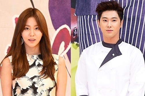 Ro tin Yunho (TVXQ) hen ho UEE (After School) hinh anh