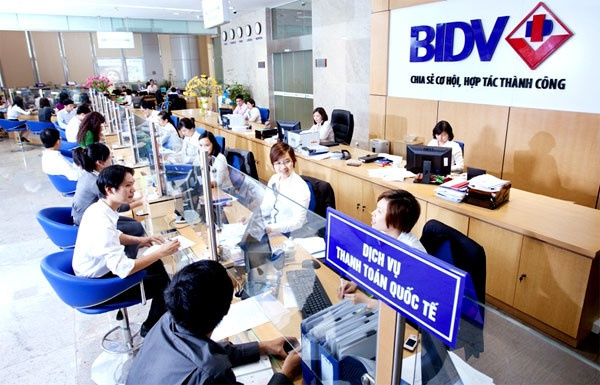 BIDV dong cua 9 diem kinh doanh vang mieng hinh anh