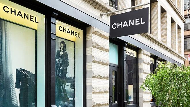 Sau 108 nam hoat dong, lan dau tien Chanel tiet lo doanh thu hinh anh