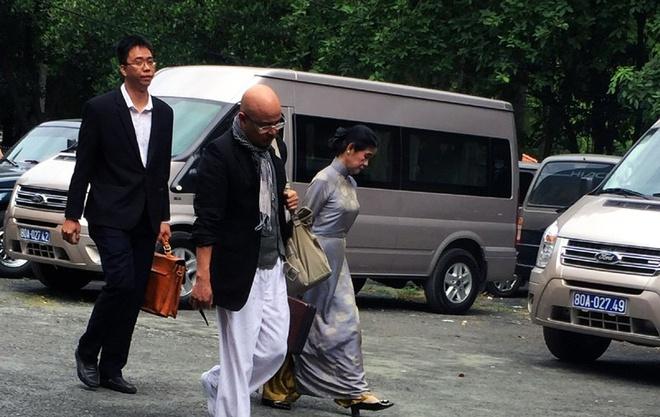 Dang Le Nguyen Vu bi an sau ly hon anh 2