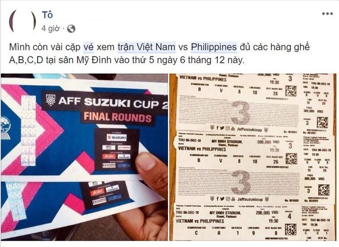 Ve tran Viet Nam vs Philippines tren mang duoc het gia gap hon 10 lan hinh anh 3