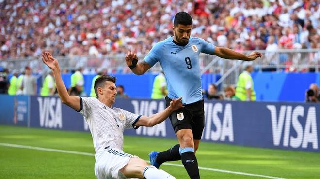 'Dang cap cua Suarez la su khac biet so voi phan con lai' hinh anh 1