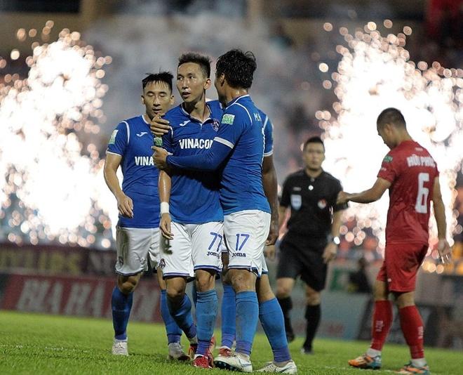 CLB Hai Phong thoat thua trong ngay thu mon Van Lam mac sai lam hinh anh