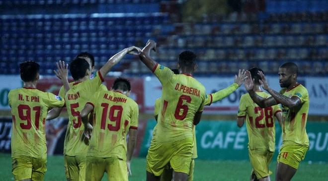 CLB Nam Dinh,  Tru hang V.League 2018 anh 1