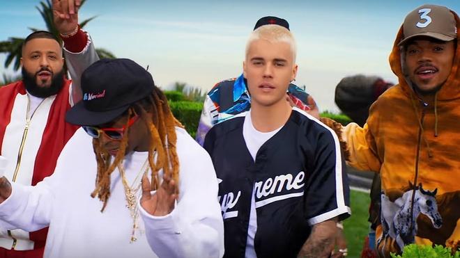 Truoc them ket hon, Justin Bieber chuan bi tung sieu pham mua he hinh anh 1