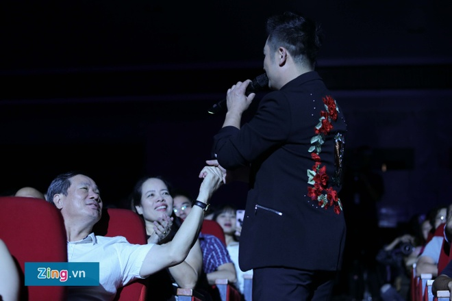 Live show Bang Kieu: Bua tiec nhac tru tinh nhieu mau sac hinh anh 11